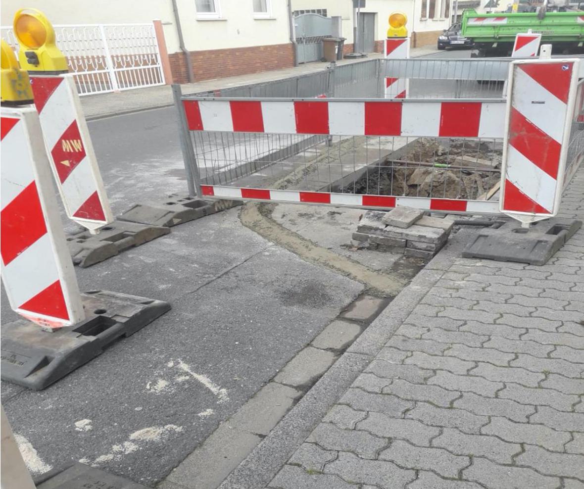 Behebung Straßeneinbruch